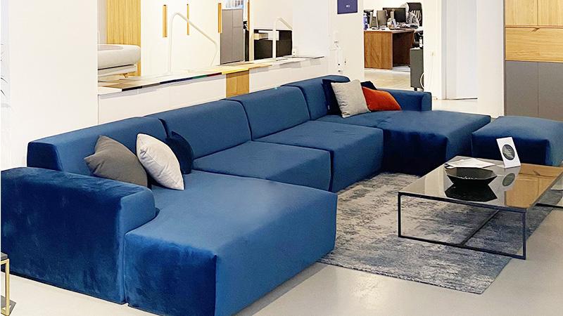 MYCS showroom Stuttgart blue velvet sofa